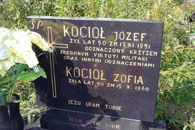 Grób Józefa Kotła na cmentarzu w Proszowicach Fot. Aleksander Gąciarz