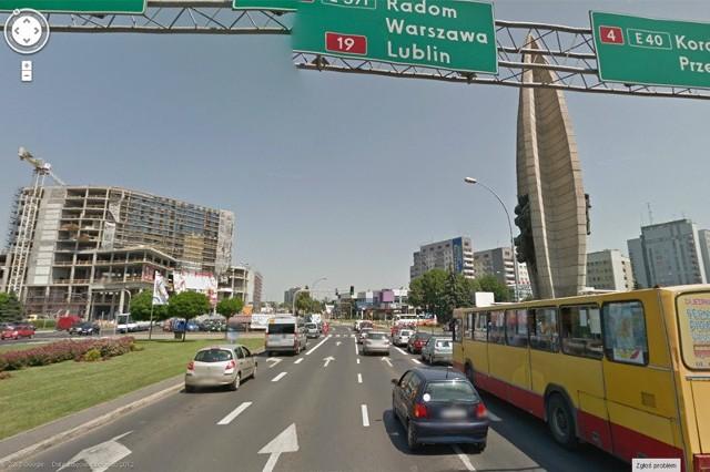 Rzeszów w Google Street ViewGoogle Street View to funkcja Google Maps, która zapewnia panoramiczne widoki z poziomu ulicy. Teraz można zobaczyć także Rzeszów. Na przykład redakcję Nowin przy ul. Kraszewskiego 2.
