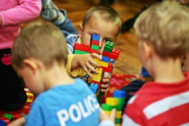 Czteroletni chłopiec uciekł z przedszkola w Tomaszowie Mazowieckim