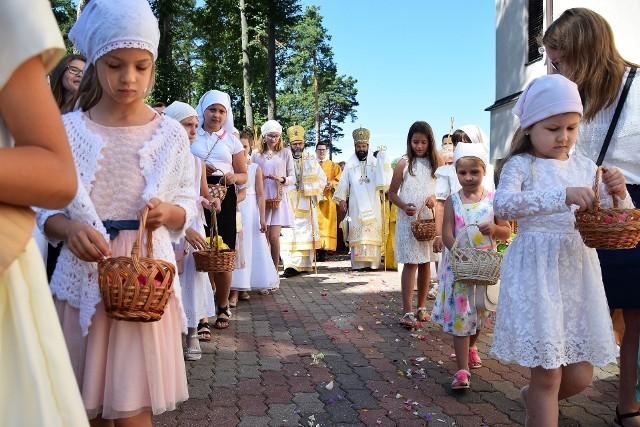 Dojlidy. Parafia Prawosławna św. Proroka Eliasza w Białymstoku obchodziła święto parafialne. Były stragany odpustowe