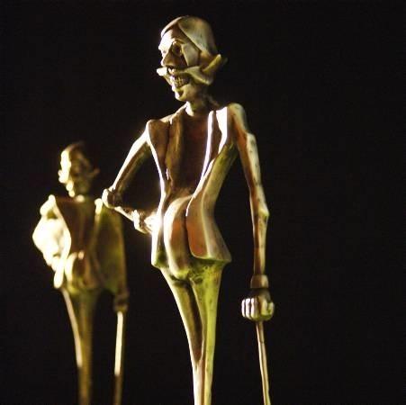 """Według """"GL"""" projekt pomnika kabareciarza już jest. To statuetka legendarnego zielonogórskiego satyryka Ericha von Patisohna, którą co roku w grudniu dostają laureaci Festiwalu Kabaretu."""