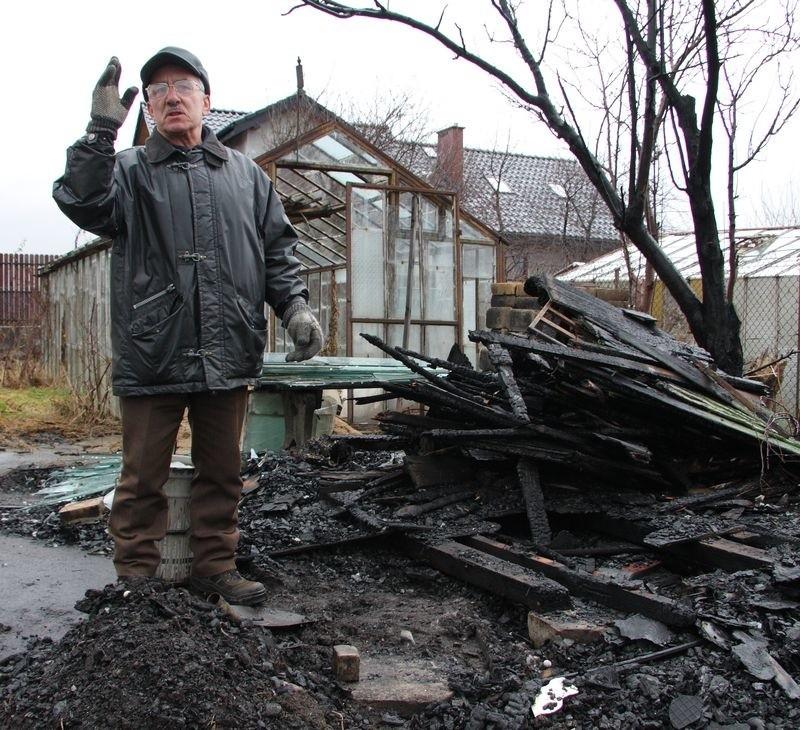 - Szkoda ludzi, nie wszyscy są w stanie odbudować altanki - mówi Kazimierz Gajek.