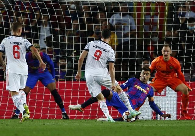 Robert Lewandowski strzelił Barcelonie dwie bramki