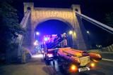 Kobieta skoczyła do Odry z mostu Grunwaldzkiego. Akcja ratunkowa służb