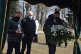 Pogrzeb szczątków dzieci nienarodzonych w Sieradzu - ZDJĘCIA