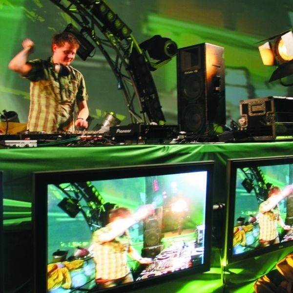 Jedną z głównych gwiazd Colors of Sounds będzie norweski DJ Orjan Nilsen, który swoje światowe utwory zaprezentuje na scenie UnderHell o godz. 1