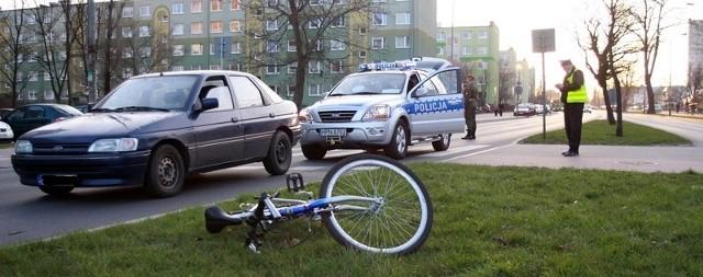 Policjanci na miejscu zdarzenia.