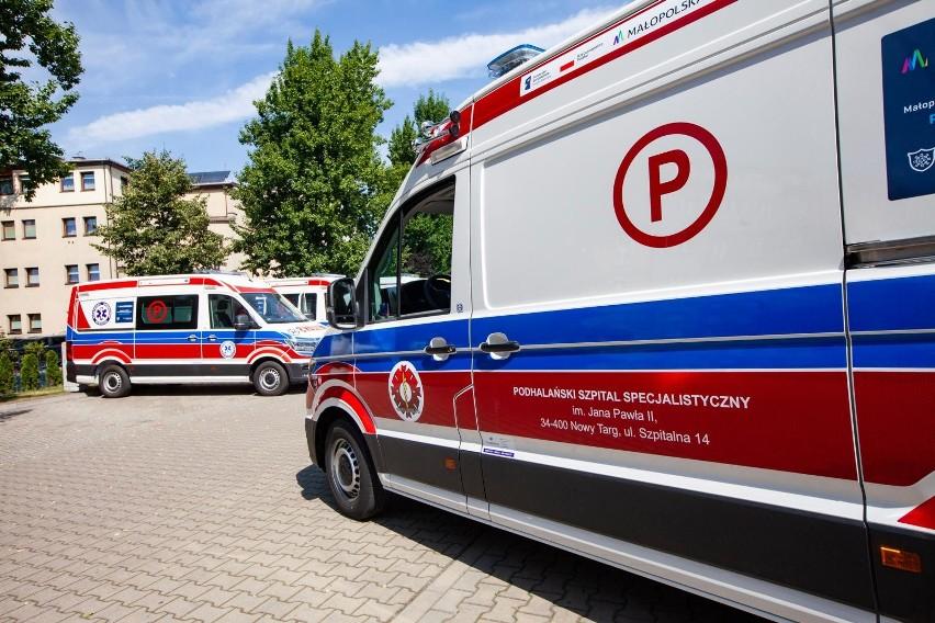 Poinformowano także o o śmierci 11 osób zakażonych koronawirusem.