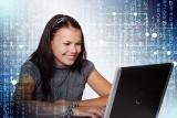 Uwaga maturzyści! Od 12:00 pierwsze lekcje w wirtualnej szkole