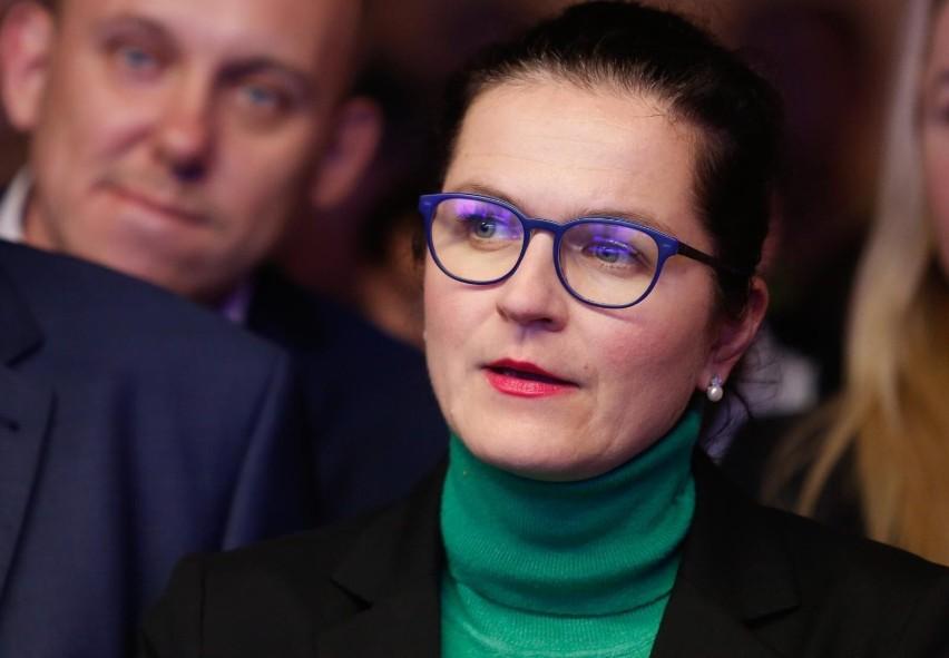 """Pół miliona złotych na ochronę prezydent Gdańska, Aleksandry Dulkiewicz. Ze względu na groźby """"utrzymanie ochrony jest konieczne"""""""