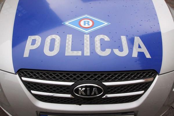Wypadek na ul. Częstochowskiej w Białymstoku. Kierowca potrącił kobietę na przejściu.