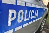Wieliczka. Zakażona koronawirusem seniorka zasłabła podczas domowej kwarantanny. Pomogli policjanci