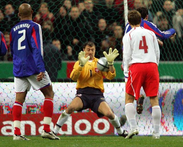Ta interwencja Jerzego Dudka szczególnie przypadła do gustu menadżerowi Arsenalu Londyn, Arsenowi Wengerowi...