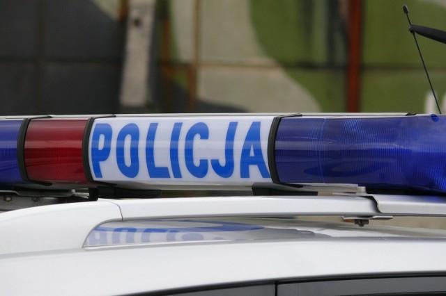 Ciężarówka potrąciła 60-letnią rowerzystkę na ulicy Kościelnej w Świerklanach
