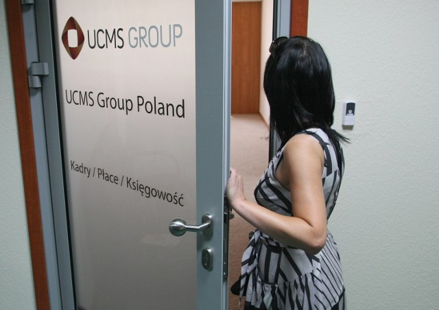 W Kielcach będzie praca dla 300 osóbZa tymi drzwiami na 3 piętrze w budynku przy alei Solidarności 34 mieści się biuro firmy UCMS Group.