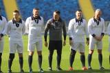 Kieleccy piłkarze ręczni zagrali w retro meczu na trawie Stadionu Śląskiego [ZDJĘCIA]