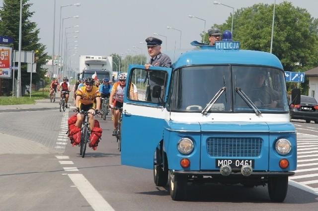 W sobotę na różnych ulicach Przemyśla można było zobaczyć milicyjną nyskę.