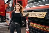 """Jeździ 70-metrową ciężarówką, a kiedyś miała być nauczycielką i startowała w Miss Polonia! Iwona Blecharczyk: """"To mój dom"""""""