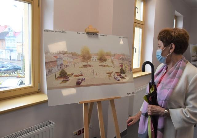 W Centrum Aktywności Seniora na pl. Jana Pawła II pokazano wizualizacje. Tak niedługo wyglądać będzie rynek  w Solcu Kujawskim