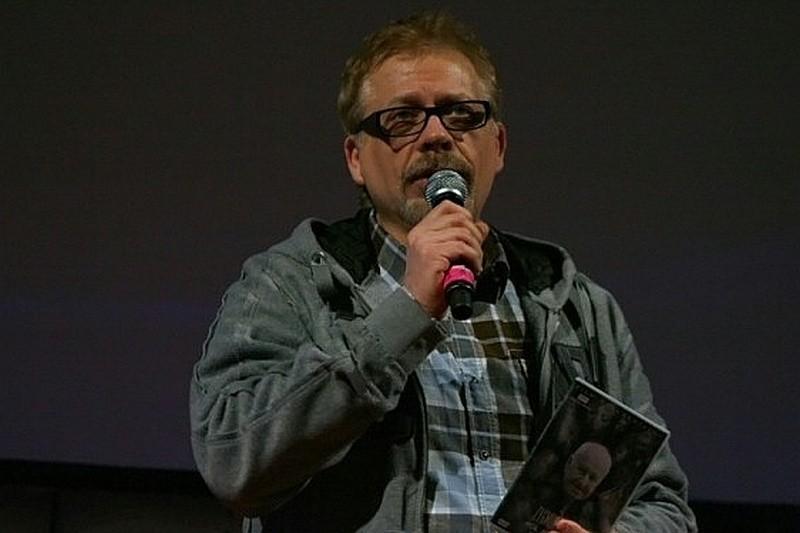 Tomasz Raczek będzie musiał tłumaczyć się przed sądem z krytyki filmu Kac Wawa. Jacek Samojłowicz pozywa.