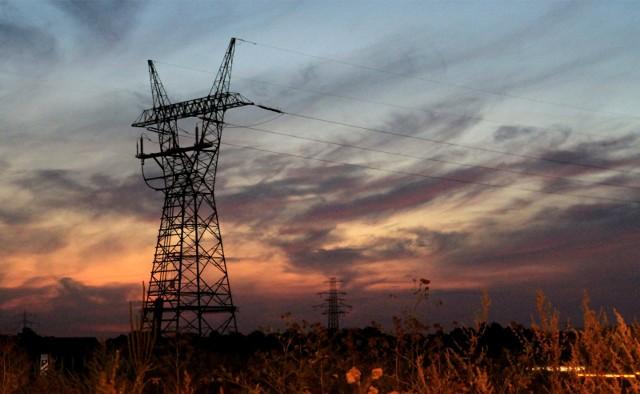 Duża awaria energetyczna we Wrocławiu. Prądu nie ma na wielu osiedlach na południu i północy miasta.