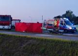 Śmiertelny wypadek na Wschodniej Obwodnicy Wrocławia. Motocykl stanął w ogniu [ZDJĘCIA]