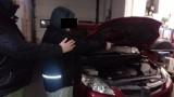 Kradli drogie auta i motocykle. Policja odzyskała ich łupy