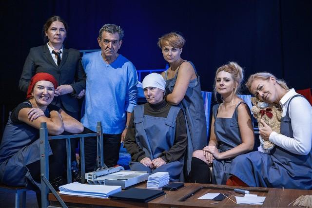 Teatr BaWiMo z reżyserem, Dariuszem Szadą-Borzyszkowskim