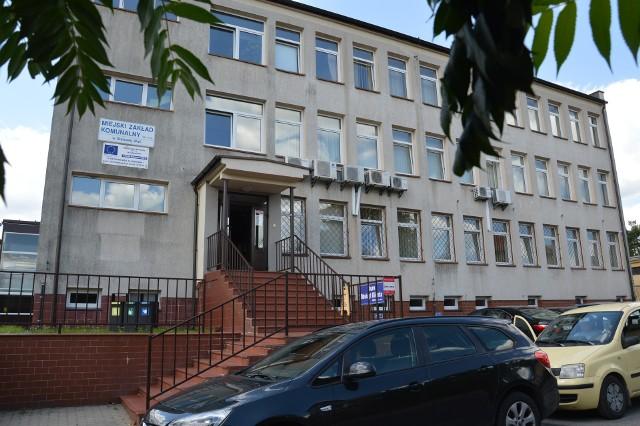 Biurowiec Miejskiego Zakładu Komunalnego w Stalowej Woli, straty spółki będą tematem najbliższej sesji radnych