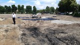 Trwa gruntowny remont stadionu Żurawianki Żurawica. Inwestycje kosztuje 1,3 mln zł [ZDJĘCIA]