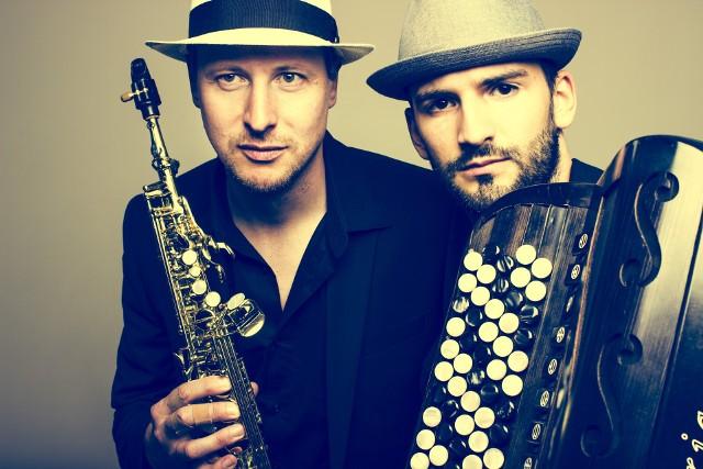 Podczas Podlasie SlowFest by ŁOMŻA wystąpi  duet Vila Madalena - serbsko-austriacki duet grający połączenie muzyki bałkańskiej, sefardyjskiej i flamenco.