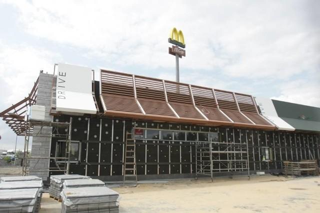 Przykładowa budowa restauracji McDonald's
