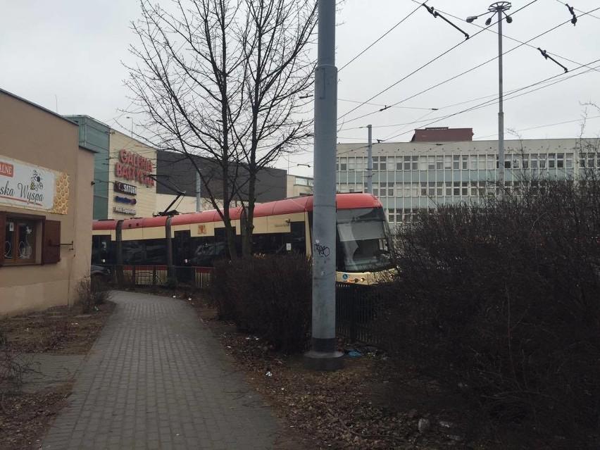 Awaria sieci trakcyjnej w okolicy Galerii Bałtyckiej