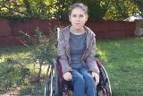 Marta z Międzyrzecza marzy o niezależności. Choroba przykuła ją do wózka...