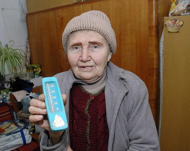 Weronika Piętka chce dbać o swoje mieszkanie, ale zimno i przenikliwa wilgoć biją z sąsiedniego lokalu. Kobieta walczy więc, aby miasto dało komuś puste mieszkanie.
