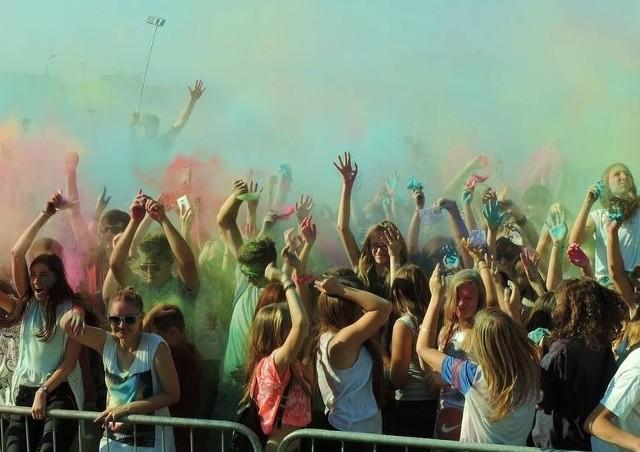 Tak było na jednym z festiwali kolorów w Inowrocławiu. W sobotę, 24 lipca, podobna impreza odbędzie się na stadionie w Janikowie, w ramach Dni Janikowa