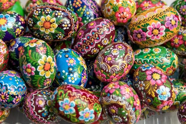 Życzenia wielkanocne 2021 - krótkie, śmieszne, SMS. Zobacz nasze propozycje najlepszych życzeń na Wielkanoc 2021