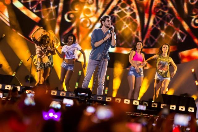 """Alvaro Soler wystąpi już za tydzień na Pop Arenie. Czy usłyszmy jego przebój """"El mismo sol""""?"""