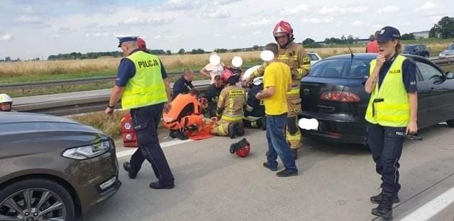 Wypadek na autostradzie A4 w pobliżu węzła Pietrzykowice. Zderzenie 5 aut, 3 osoby zostały ranne