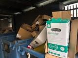 """Śmietniki w okolicach Rynku """"opanowane"""" przez restauracje. Gdzie odpady mają wyrzucać mieszkańcy?"""