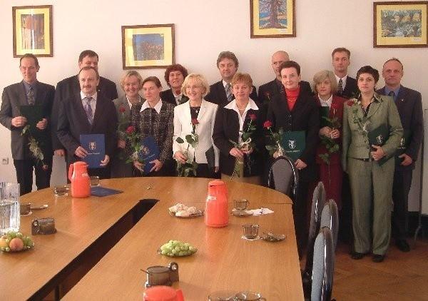 Na zdjęciu chcieli być wszyscy, więc jest  zdjęcie rodzinne.
