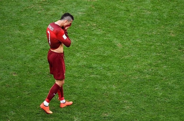 Cristiano Ronaldo pożegnał się mundialem w Brazylii.
