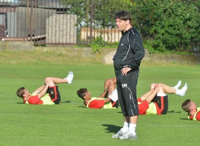 Trener Mroczkowski od czwartku sprawdza trzech nowych napastników