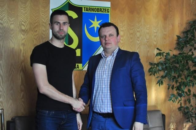 Radosław Sylwestrzak podpisał umowę z Siarką