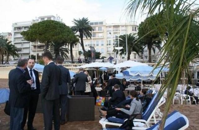 """""""Firmowa"""" impreza promocyjna Echa Investment na targach w Cannes"""