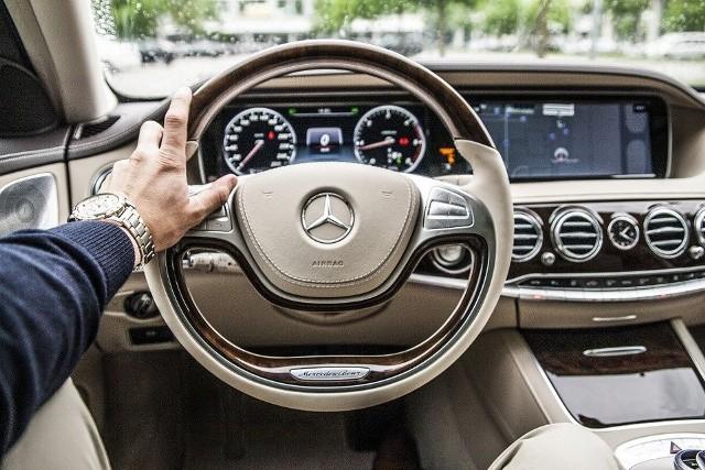 Drogie auta stanowią aż dwie trzecie całego segmentu dóbr luksusowych