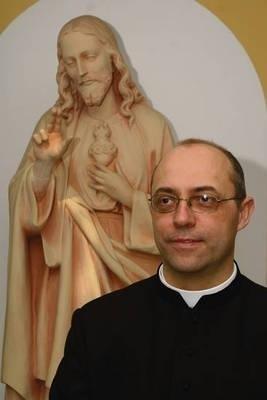Ks. dr Robert Ptak, nowy rektor WSM w Stadnikach Fot. Andrzej Domagalski