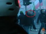 To oni wywołali burdy w stolicy. Policja szuka tych mężczyzn [zdjęcia]