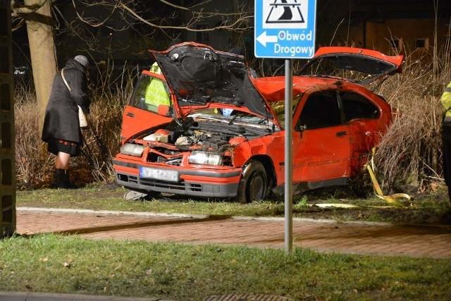W tragicznym wypadku w Kamieniu Pomorskim zginęło sześć osób.