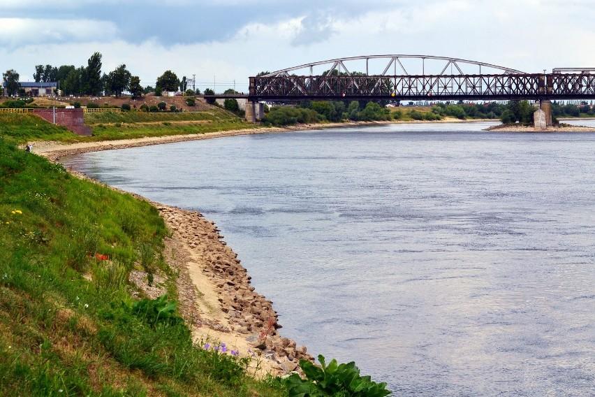 Po drugie: Autostrada wodna na Wiśle. Przez siedem dni przelecieli 1000 km wzdłuż Wisły